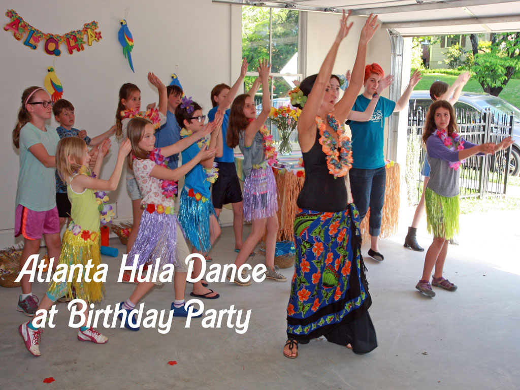 Atlanta Hula Dance Teacher at children's birthday party